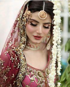 Bridal Mehndi Dresses, Asian Bridal Dresses, Pakistani Wedding Outfits, Bridal Dress Design, Pakistani Wedding Dresses, Bridal Outfits, Indian Outfits, Pakistani Bridal Couture, Pakistani Bridal Makeup