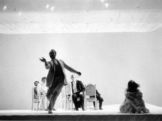 Il giardino dei ciliegi - 1973-74 Archivio multimediale del Piccolo Teatro di Milano - fotografie bozzetti manifesti