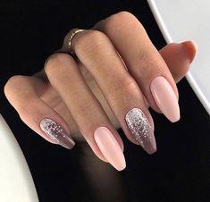Coffin nails The most popular nail shapes of recent years # long nails Image Size: 667 x 667 Pin Boards Fancy Nails, Pretty Nails, My Nails, Popular Nail Designs, Nail Art Designs, Summer Acrylic Nails, Summer Nails, Different Nail Shapes, Mauve Nails