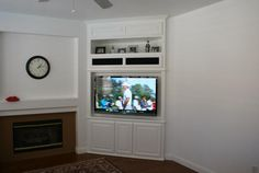 Center Built In TV Wall Units | Custom Wall Units and Built In Entertainment Centers
