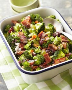 Broccoli Grape Salad: Juicy grapes and crunchy broccoli blend sweet flavors with savory, salty bacon. http://www.midwestliving.com/recipe/salads/broccoli-grape-salad