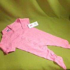 Pijama rosa, marca Gerber, 3-6 meses. Q25.00