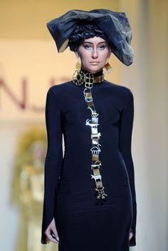 jewelry designer Arman Davtyan /NUR/