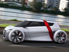 Voilà, ce week-end, Porsche vient de mettre fin à 5 ans de domination d'Audi aux 24H du Mans, mais on va consoler la marque aux anneaux en se penchant sur un Small concept car de chez eux. Il s'agit de leur vision du déplacement citadin, un peu comme la Twizy de Renault, mais en plus ludique et plus