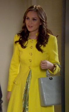 2x22 I <3 <3 <3 the yellow coat. It's awesome. 3.1 Phillip Lim dress. Rachel Leigh cuff.