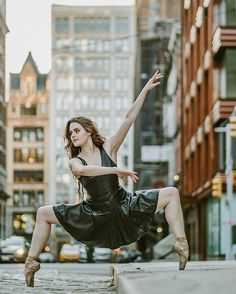 Silken Kelly @silkenkelly  #OZR_Dance