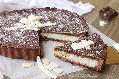 Torta bounty con frolla al cacao senza uova