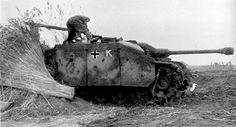 Sturmgeschütz 7,5 cm Stu.K. 40 mit Topfblende Ausf. G (Sd.Kfz. 142/1)   Flickr - Photo Sharing!