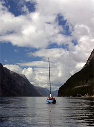 Sailing on the Lysefjord in Ryfylke, Norway - Photo: Hanne Sundbø/Destination Ryfylke