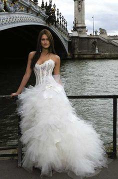 Robe corset dentelle plume froufrous like it