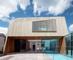 Coy Yiontis Architects use bold geometry to extend a Victorian...