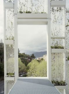 Using movable solar panels on building facades as shutters how to faade verte fandeluxe Image collections