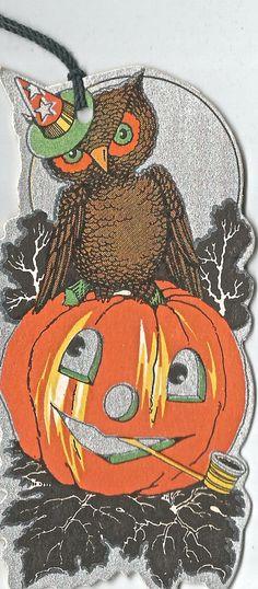 Vintage Halloween bridge tally JOL owl digital by BigGDesigns Halloween Owl, Halloween Items, Halloween Photos, Halloween Signs, Halloween House, Holidays Halloween, Halloween Crafts, Happy Halloween, Halloween Decorations