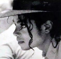 As imagens do vídeo ''Smooth Criminal'' Michael Jackson Fotos, Michael Jackson Wallpaper, Michael Jackson Bad Era, Mike Jackson, Liam Neeson, Mj Bad, King Of Music, Do Video, Hollywood