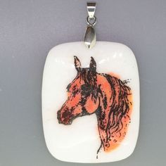 ENGRAVED PAINTED ARABIAN HORSE NATURAL WHITE STONE PENDANT ZL7001826 #ZL #PENDANT