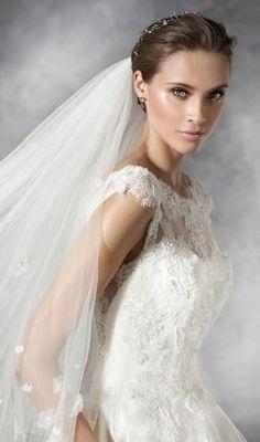 pronovias-2016-wedding-dresses-PRAVA_D