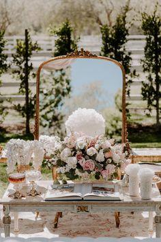 Gallery - How To Have A Glamorous Midsummer Garden Wedding Iranian Wedding, Persian Wedding, Romantic Wedding Colors, Glamorous Wedding, Bride Groom Table, Wedding Dresses Sydney, Outdoor Wedding Photography, Photography Ideas, Garden Wedding Decorations