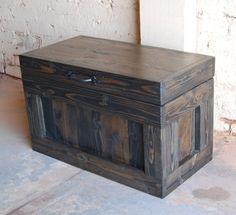 Espoir poitrine / Table basse / Table de fin / Toy Box / petit tronc / bois de récupération