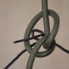 Câble textile vert OLIVE Exclusivité Falbala 2 x Olives, Vert Olive, Textiles, Diy, Fabric Decor, Electrical Cable, Light Fixtures, House, Bricolage
