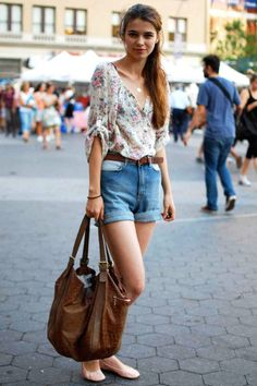 Best summer look there is.  Denim and flowery top