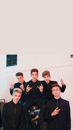 Why Don't We is a boy band made of Zach Herron (top left), Daniel Seavey (top middle), Jack Avery (top right), Corbyn Besson (bottom left), and Jonah Marias (bottom right) Zach Herron, Jack Avery, Corbyn Besson, Boys Wallpaper, Locked Wallpaper, Music Wallpaper, Pop Americano, Why Dont We Imagines, Band Wallpapers