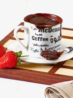 Nutella Lava Mug Cake Nutella Brownies, Nutella Lava Cake, Mug Recipes, Nutella Recipes, Sweet Recipes, Cake Recipes, Yummy Recipes, Best Chocolate Mug Cake Recipe, Mugs