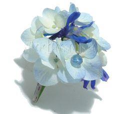 blue-hydrangea-boutonniere.jpg