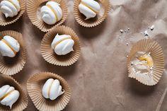 Lemon meringue kisses