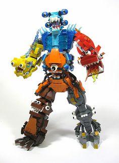 Lego Mixels! Nog lang niet te koop in elke winkel, maar hier in huis een hit. Aparte grappige poppetjes, die samen nog leuker worden