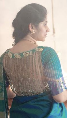 Trending Blouse Designs For All Occasions Saree Blouse Patterns Bling Happy New Year Wedding Saree Blouse Designs, Saree Blouse Patterns, Fancy Blouse Designs, Designer Blouse Patterns, Blouse Neck Designs, Outfit Invierno, Stylish Blouse Design, Neue Trends, Work Blouse