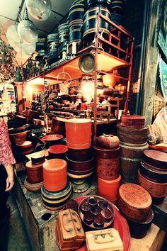 Chatuchak Market Bangkok - sat/ sun - Phaholyothin and Kamphaeng pheromone road Bangkok Travel, Thailand Travel, Bangkok Trip, Asia Travel, Thailand Shopping, Bangkok Thailand, Chatuchak Market, Thailand Destinations, Market Stands