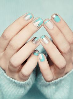 Graphic turquoise and nude patterned #nails #manicure