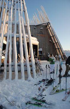 Europe's Most Incredible Mountaintop Buildings: Restaurant Tusen, Sweden. Photo by Han Murman.