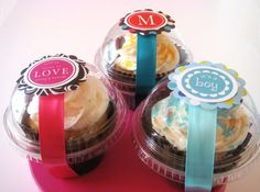 Cupcake container for cupcake favors! Bake Sale Packaging, Cupcake Packaging, Cupcake Favors, Baking Packaging, Cupcake Shops, Cupcake Boxes, Cupcakes Packaging Ideas, Cupcake Holders, Cupcake Supplies
