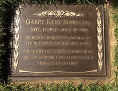 Garry Marshall - American Producer, Director, Writer and Actor. Marshall was responsible for creating such iconic television sitcoms such as 'Happy Days', 'Laverne and Shirley', 'The Odd Couple' and 'Mork and Mindy'. Cemetery Headstones, Cemetery Art, Forest Lawn Memorial Park, Garry Marshall, Famous Tombstones, Concord, Laverne & Shirley, Companion Gardening, Thats All Folks
