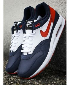 da9e0e5eef92 Nike ID Air Max Lunar 1 Paris Saint-Germain (by sneakersaddict) - mens  dress casual shoes