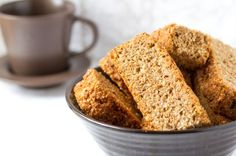 A Super Easy and Healthy Weetbix Rusks Recipe. Easy Delicious Recipes, Great Recipes, Yummy Food, Favorite Recipes, Tasty Meals, Rusk Recipe, Low Carb Deserts, South African Recipes, Bread And Pastries