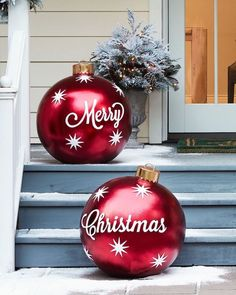 Dorable Outdoor Decoration Beauty Christmas Diy Outdoor Merry Christmas Ornaments Set Of 2 Beach Balls Giant Christmas Balls For The Porch Outside Christmas Decorations, Beautiful Christmas Decorations, Outdoor Decorations, Outdoor Ideas, Christmas Outdoor Lights, Outdoor Snowman, Large Outdoor Christmas Decorations, Best Outdoor Christmas Decorations, Indoor Outdoor