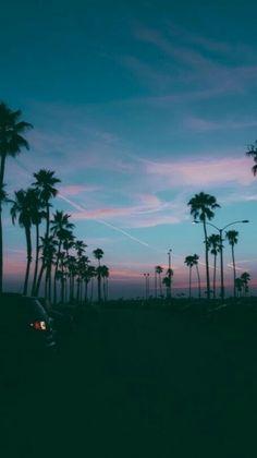 grafika sky, summer, and sunset Tumblr Wallpaper, Wallpaper World, Wallpapers Tumblr, Cute Wallpapers, Wallpaper Backgrounds, Iphone Wallpaper, Beach Wallpaper, Beautiful Sky, Beautiful Places