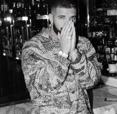 Ovo Sound, Drake Wallpapers, Drake Drizzy, Drake Graham, Aubrey Drake, Young Money, Nike Pullover Hoodie, Black Puffer, New Energy