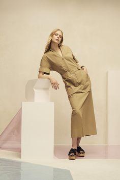 http://www.vogue.com/fashion-shows/resort-2017/isabel-marant/slideshow/collection