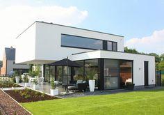 Woning L [Hasselt]   Concrete House