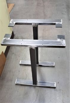This listing is for set of 2 Table Steel T Legs. - Made from 3 x 1 Steel tubing and 3 x 3 Steel tubing 14 gauge (.075) wall - Finish : Raw steel, Clear coat *** We can customize the height and the width. ***This shipping is for continental United States only, for other destination please ask