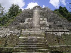 Lamanai - belize  Pyramids