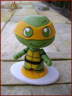 Kawabanga! Michelangelo from The Teenage Mutant Ninja Turtles made in cold porcelain (based on the work of Evilsherbear on Deviantart - http://evilsherbear.deviantart.com/art/Mini-Munny-Mikey-108882130?q=1=1 )