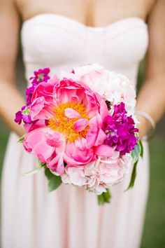 Giant pink peony bouquet ideas