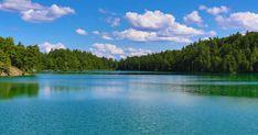 16 endroits surréels près de Montréal que tu dois absolument voir une fois dans ta vie - Narcity Armagh, Le Vermont, Dame Nature, Canada Travel, Europe, River, Camping Car, Ottawa, Outdoor