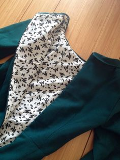 Diary of a Chain Stitcher: Bottle Green Wool Sew Over It Joan Dress with amazing rayon lining