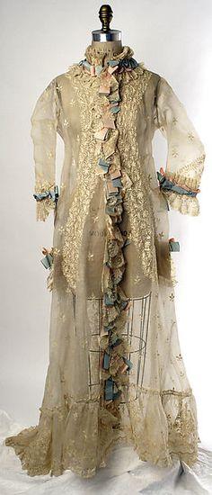 Peignoir (image 1)   French   1874-1877   cotton, silk   Metropolitan Museum of Art   Accession #: C.I.62.35.6