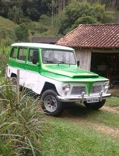 Morar na roça amo E Farm, Vintage Soul, Forest House, Mountain Homes, Top Cars, Small Farm, Cadillac, Touring, Dream Cars